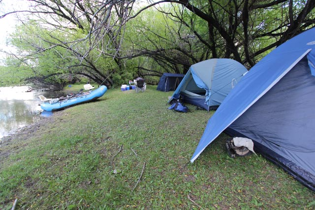 Chubut River Camping
