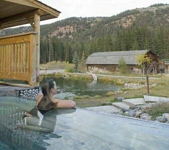 The Rainbow Ranch Lodge Is Great for Non Fishing Spouses