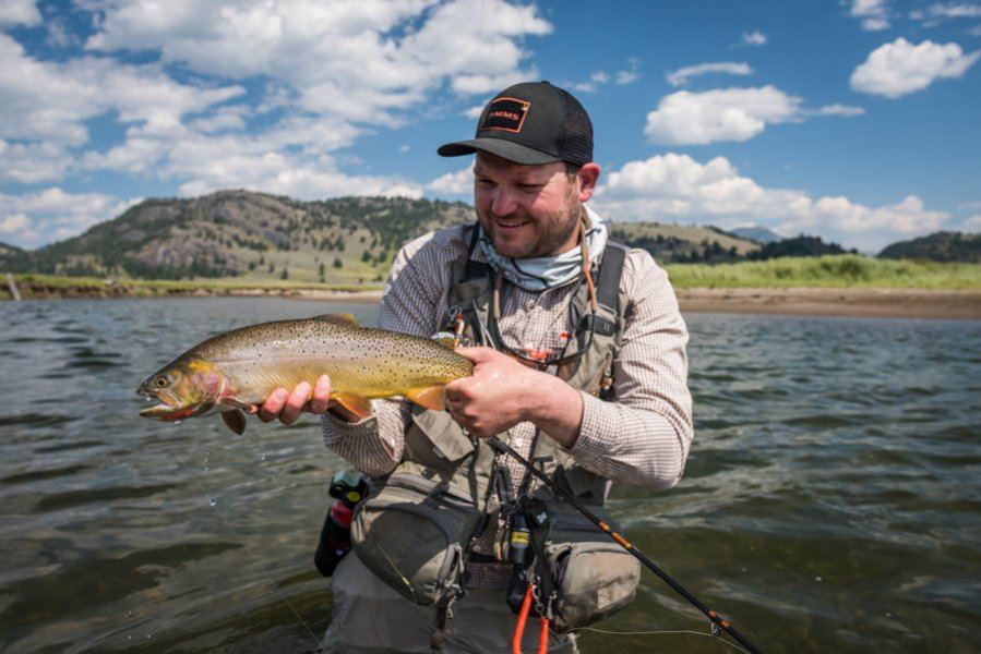 Yellowstone Park fly fishing in August on the Lamar River