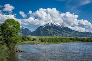 Fishing trips on the beautiful Yellowstone River