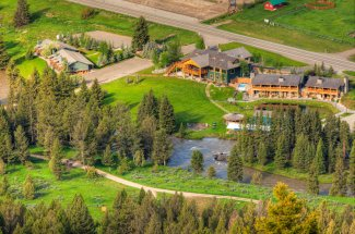 Fly fishing packages at Rainbow Ranch Lodge