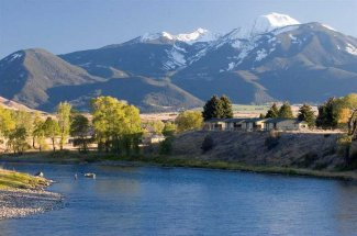 Montana Fly Fishing Lodges, Montana Angler