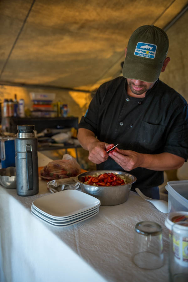 The camp guides and chef prepare great meals for dinner and breafkast